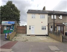 6 bed end terrace house for sale