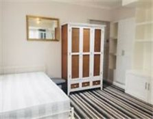 Large Studio Apartment Woodley