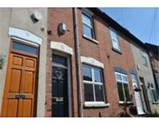 2 Bed Property with Great Potential