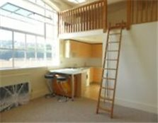 1 bedroom flat in The Deco Building, Coombe Rd - P1505 Brighton