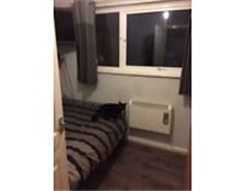 Double room to rent in Camberley town centre- £540pcm all bills included!